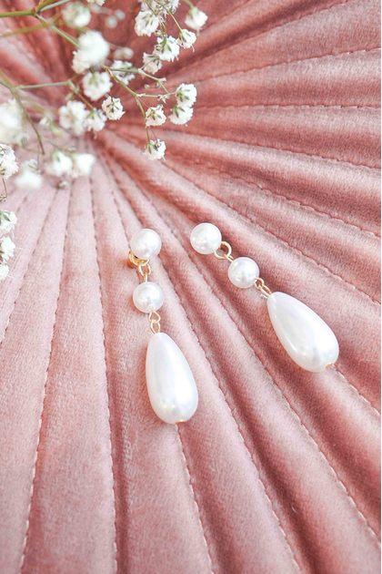 Dulcie Pearl Earrings