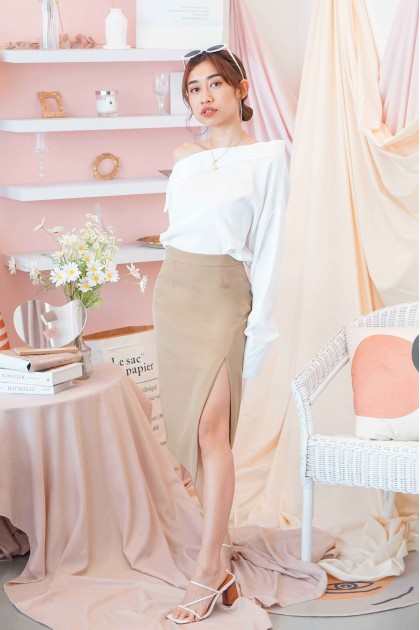 Her Way Slit Skirt in Khaki