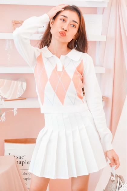 (BACKORDER) Coral Snow Collared Knit Sweater in White
