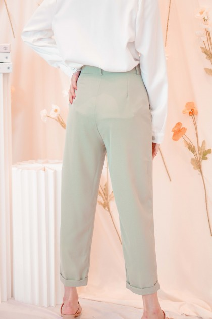 Giselle Cropped Pants in Green